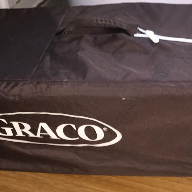 Graco baby cot/bed foldable