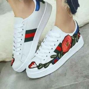 gucci shoes size 38 onhand