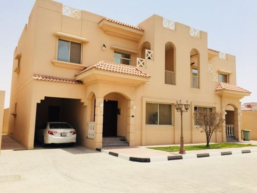 villa for rent executive stafss in hilal
