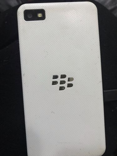 BlackBerry z10 (white) not workin