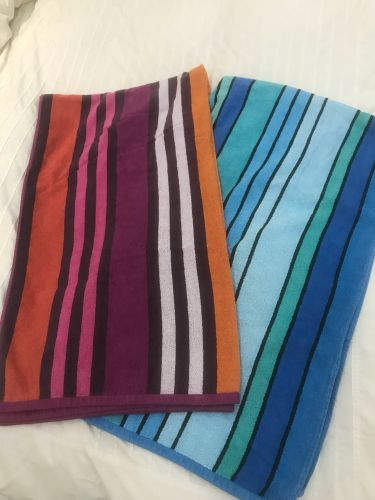 2 large beach towels