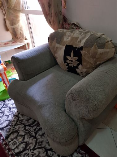 sofa 7 place 300 only