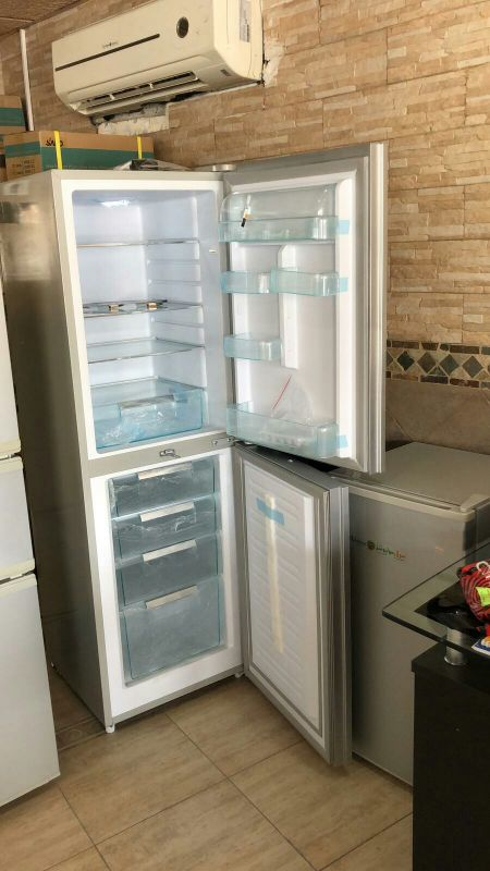Solar fridge and freezer 270 L