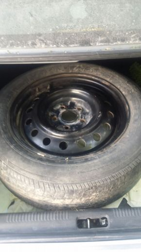 toyota camry tyre