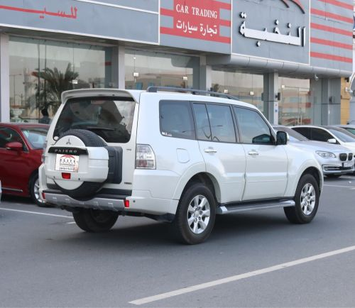 Pajero Full Options 2013