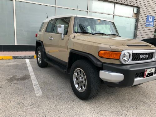 FJ2013 for sale like new