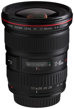 Canon 17-40mm F4 Like New