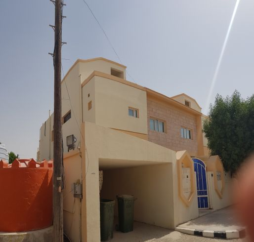 villa for staff and flats 6 bhk