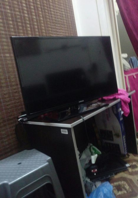 TV SAMSAUNG 32 INCH LED FULL HD
