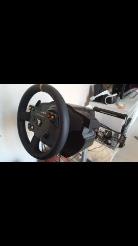 T500RS with 2 additional steering wheels