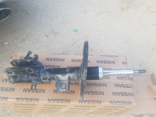 2 shock absorber with very good conditio