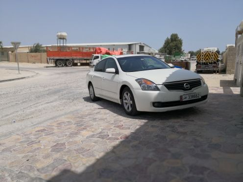 Nissan altima full options