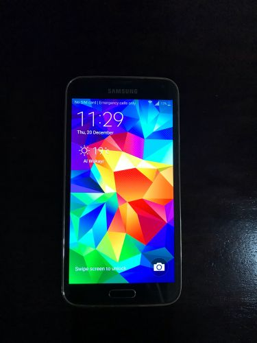 Samsung S5 for sale 450 QR