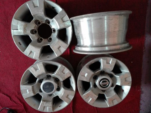 Rims Nissan 4 wheel 4 piece