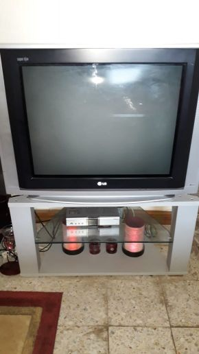 LG TV WITH it's table
