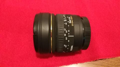 Sigma 8mm f/3.5 EX DG fisheye lens for c