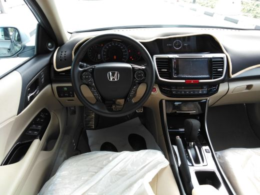 Honda Accord V6 2017.66575951