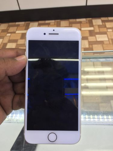 iPhone 7 128 GB Gold color