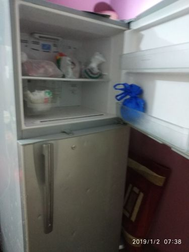 HITACHI FRIDGE