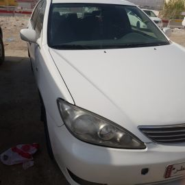 camry 2005 white colour