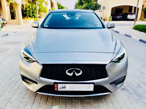 Q30 2.0 Turbo Full Options