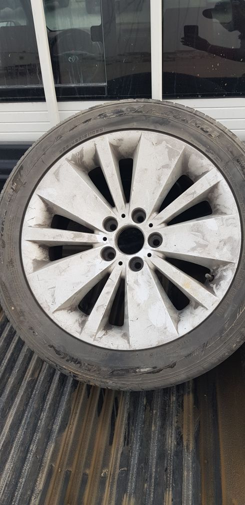 "18"" BMW 7s only 1 rim with tyre"