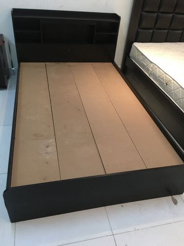 Sell Single cot size (120*190)