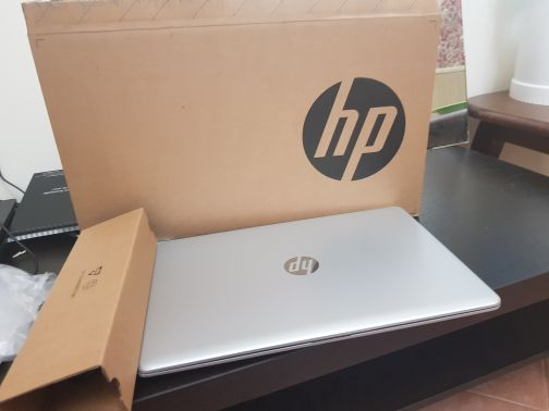 laptop Hp i7 with all accessories