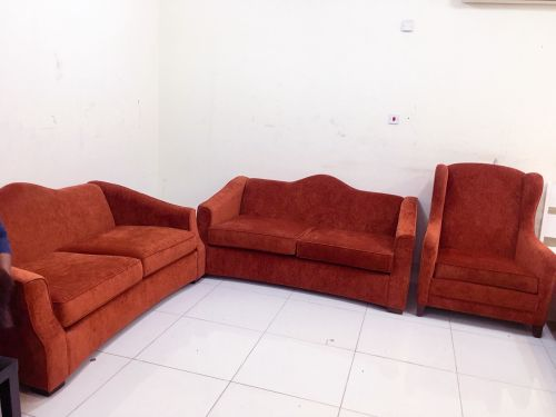 Sell sofa set