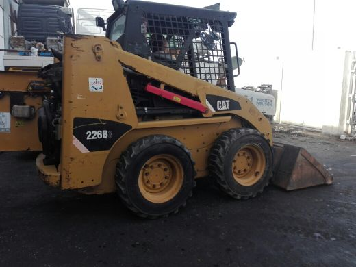 bob cat caterpillar 2012 is 37 thousand