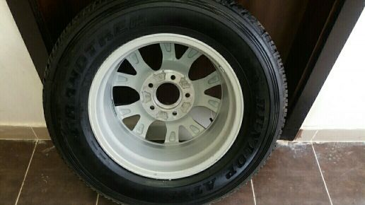 .tyre with ring