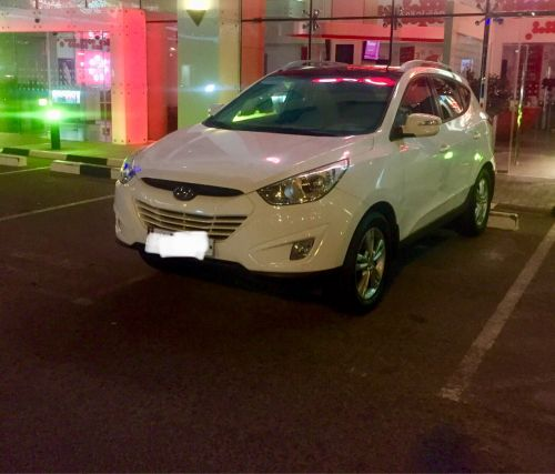 Tucson only 27000 km sale or swap