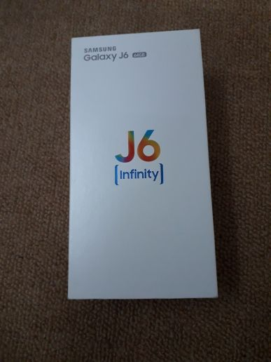 samsung j6 2018.New only one month used