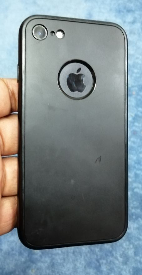 i phone 7 32GB Black