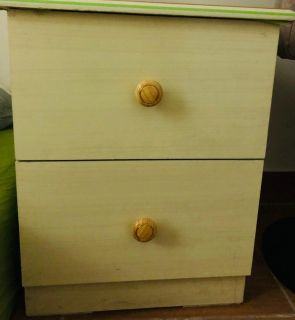 2 cabinet +2 bed side table