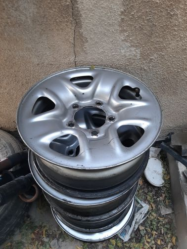 desil  17 for sale with bolts an cups