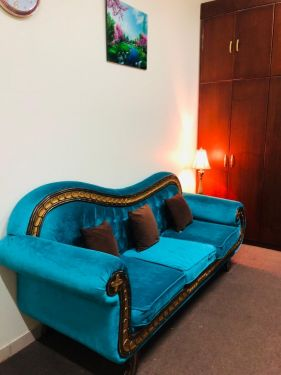 Sofa (3 seater) Excellent condition