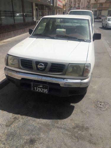 Nissan pickup double cabin 2005