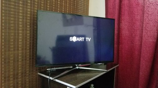 TV SAMSUNG 40 INCH SMART LED FULL HD