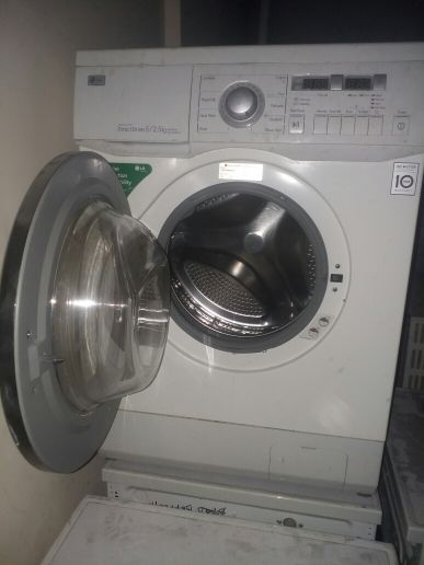 good washing for sale 7kg please call me