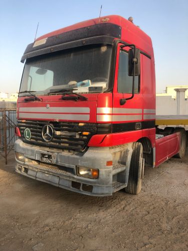Mercedes 98 with tailer
