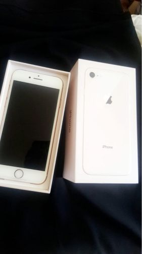 I phone 8 64 Gb new