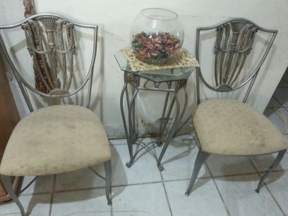 Decorative Seats with Table