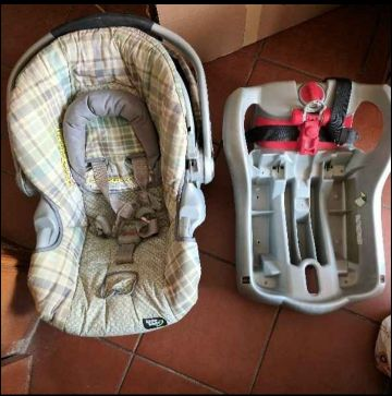 Stroller, car seat, portable bed 3 in 1