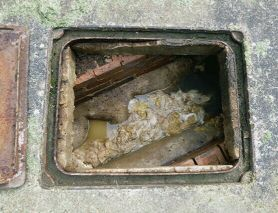 Manhole/Sewerage cleaning Services Etc.