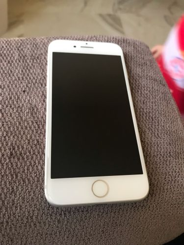 IPhone 7 32gbSilver +battery case