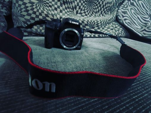 Canon 1000D for sale (Body Only)