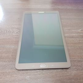 tablet Samsung 10 inch like new