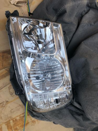Land Cruiser 2007 front lights