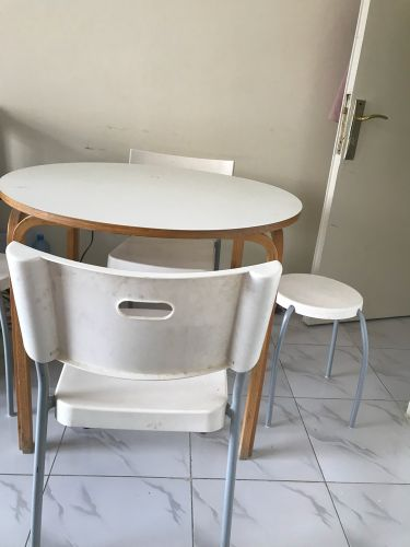 1 table 4 chair For sale less use